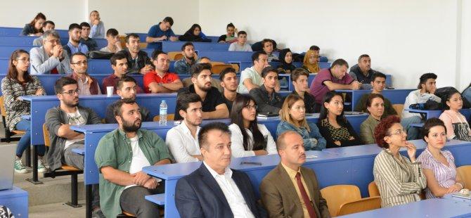 Bartın Üniversitesi yeni öğrencilerine 'Hoş Geldiniz' dedi