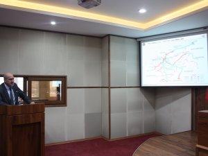 Özendi, Karayollarının yatırımlarını anlattı