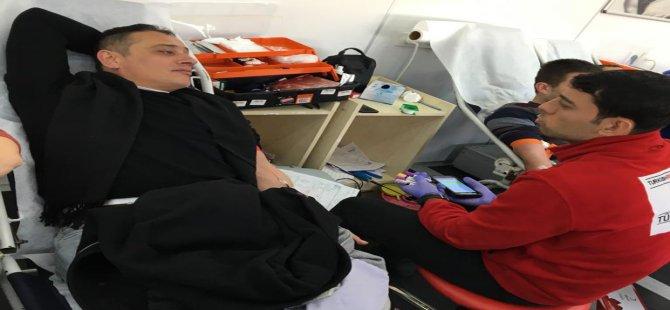 321 ünite kan ve 187 ünite kök hücre bağışı alındı