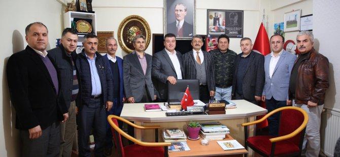 Akın, İstanbul'da ziyaretlerde bulundu