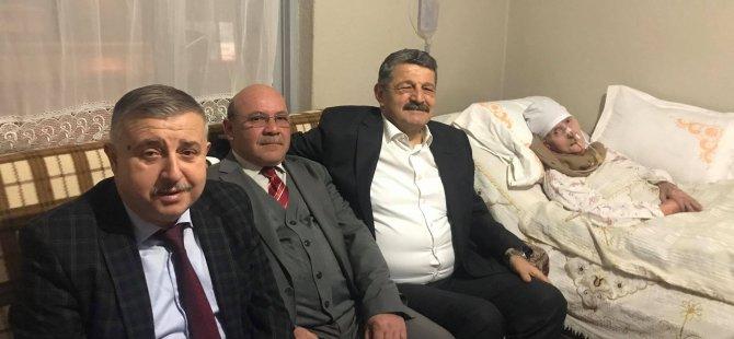 Başkan Akın, hastaları evlerinde ziyaret etti