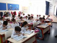 Ücretli öğretmenlere ve usta öğreticilere ders ücreti ödemesi sürecek