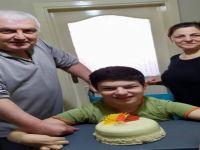 Başkan Akın, sıkı takipçisinin doğum gününü kutladı