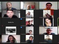 Rektör Uzun, çevrimiçi sınavlar öncesi öğrencilerle bir araya geldi