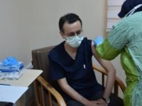 Bartın'da sağlık çalışanları aşılanmaya başladı