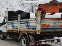 Belediyeden Buzlanmaya Karşı Tuz ve Solüsyon