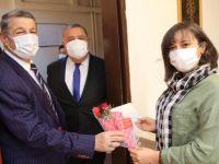 Başkan Personelin Kadınlar Gününü Kutladı