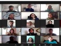 Rektör, projeleriyle geleceği hedefleyen öğrencilerle bir araya geldi