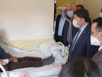 Milletvekili Tunç, Kazada Yaralanan İşçileri Hastanede Ziyaret Etti