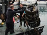 Denizden 20 Çuval Atık Çıkarıldı