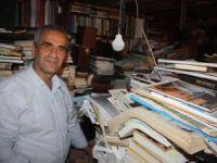 '5 bin kitabı sadece belediyeye bağışlarım'