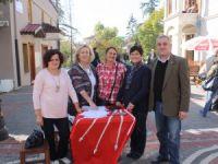 CHP Kadın Kolları ilk gün 350 imza topladı