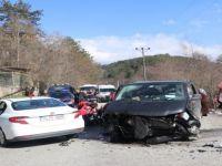 Zincirleme Trafik Kazası: 11 Yaralı