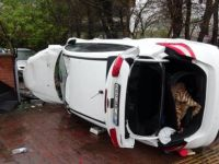 Karabük'te Devrilen Otomobilin Sürücüsü Yaralandı