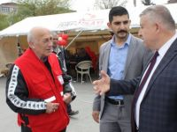 Başkan Yardımcısı Çetin, Kızılay etkinliği sırasında CHP aracının çadır yanına park edilmesine tepki gösterdi