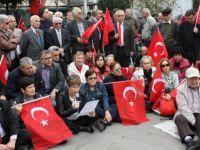 CHP'den 'OHAL değil demokrasi istiyoruz' eylemi