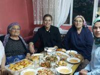 Çat kapı iftar programları devam ediyor