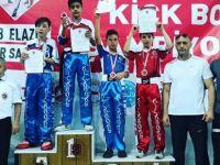 Kick Boks Şampiyonası'na Bartın'dan 2 sporcu katıldı