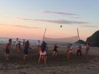 'Plaj voleybolu sahası istiyoruz'
