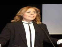 AK Parti'de Kadın Kolları Başkanı istifa etti