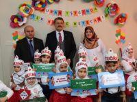 Başkan Akın, minik öğrencilerin ilk karne heyecanlarını paylaştı