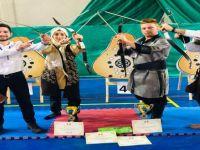 Bartın Üniversitesi'nin okçuları Yozgat'tan ödül ile döndü